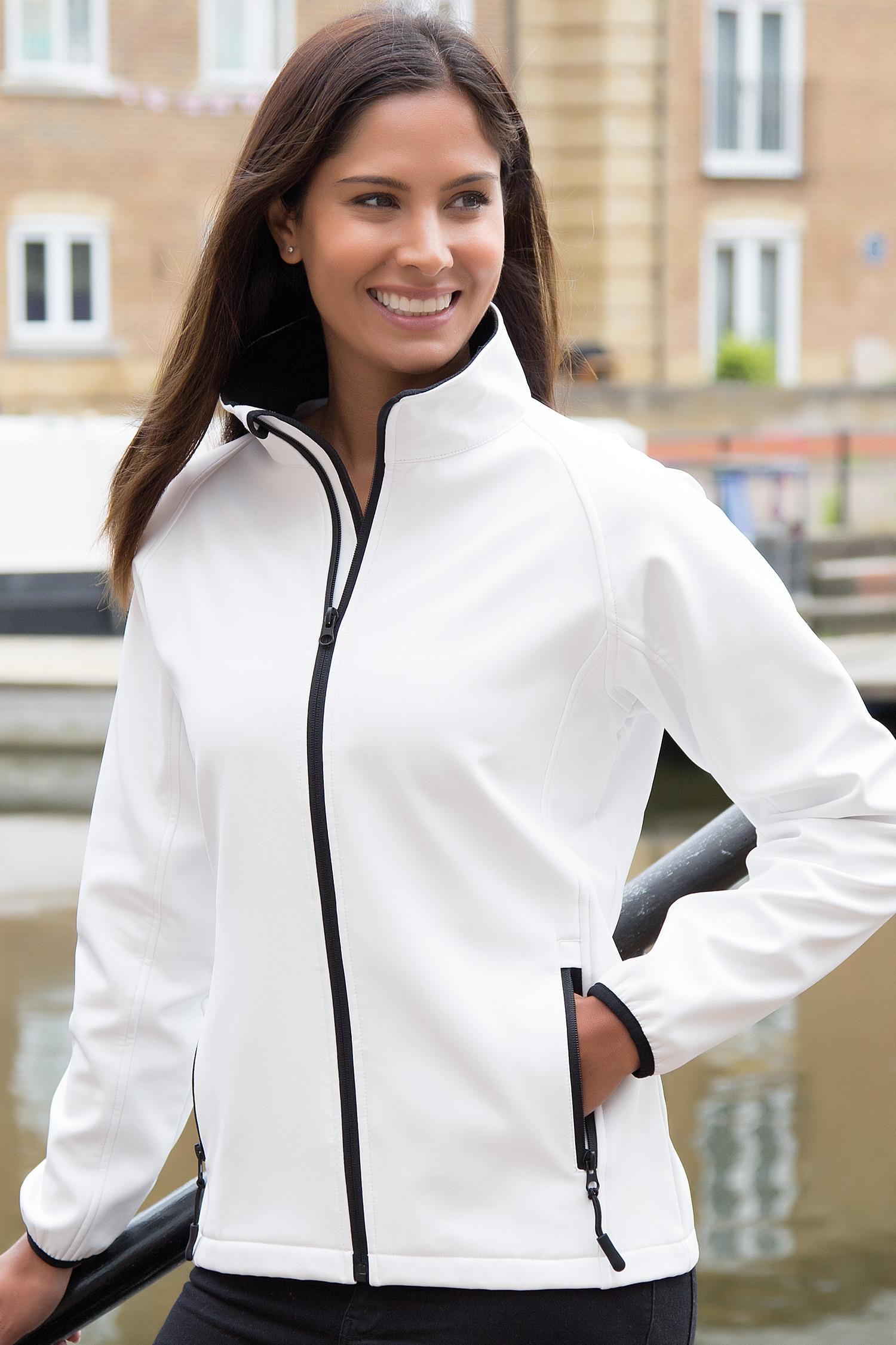 Naiste softshell jakk 8